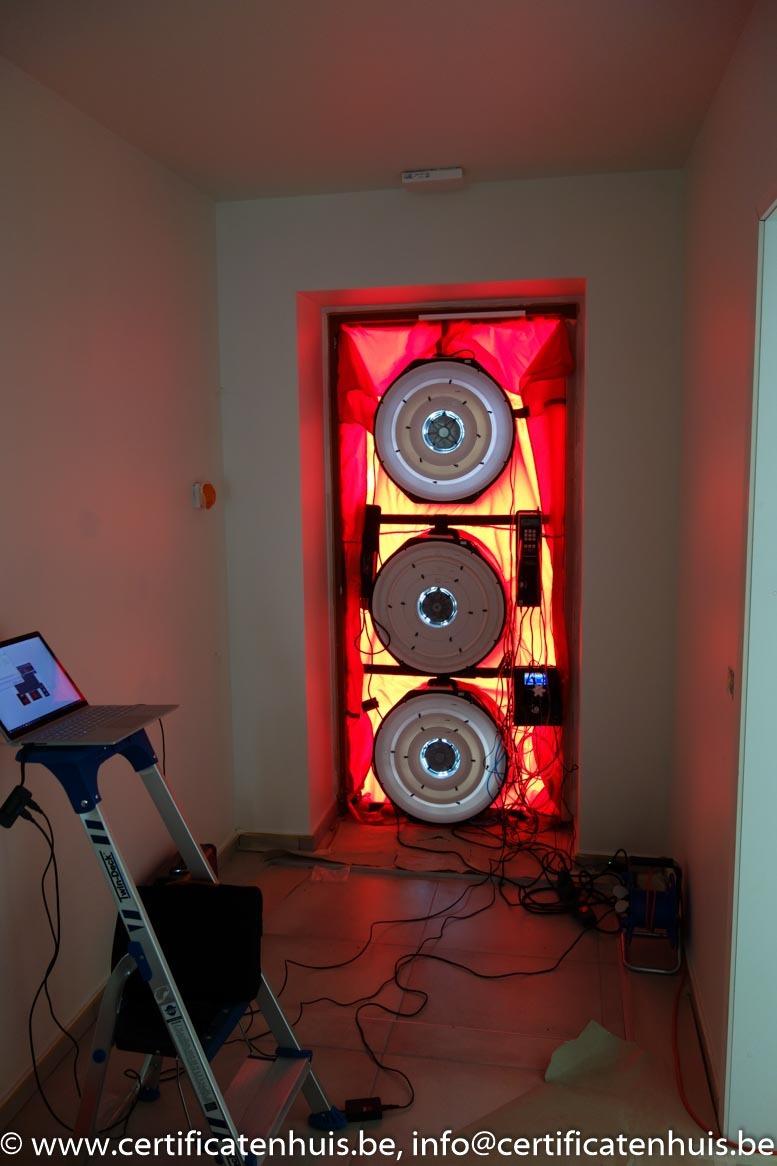 blowerdooropstelling-drie-ventilatoren